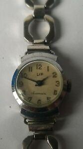【送料無料】腕時計 リップリップmontre femme lip souveraine mvt lip t15