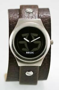【送料無料】腕時計 メンズビッグステンレスシルバーワイドブラウンレザーレジストrelic watch mens big tic stainless silver wide brown leather water resist quartz