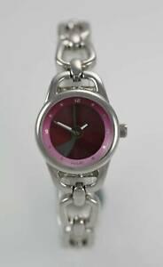 【送料無料】腕時計 ステンレススチールシルバークォーツバッテリーウォッチrelic womens all stainless steel silver 30m quartz battery watch