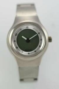 【送料無料】腕時計 シルバートーンステンレススチールクォーツバッテリーウォッチrelic womens silver tone stainless steel water resistant quartz battery watch