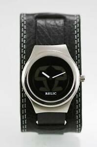 【送料無料】腕時計 メンズステンレススチールブラックレザークォーツシルバービッグチック
