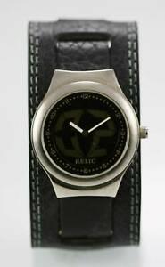 【送料無料】腕時計 ビッグステンレスシルバーワイドレザーレジスト