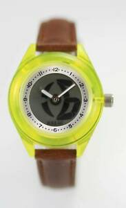 【送料無料】腕時計 プラスチックブラウンレザークォーツバッテリーウォッチrelic womens yellow plastic brown leather quartz battery watch