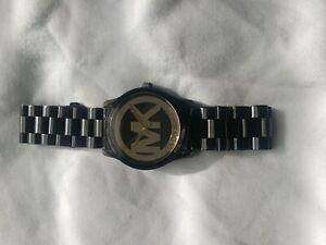 【送料無料】腕時計 ミハエルブラックウォッチロゴ