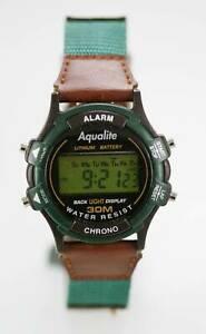 【送料無料】腕時計 ライトグリーンブラウンメンズクロノアラームストップウォッチaqualite watch mens green brown chrono date light alarm stopwatch 30m quartz