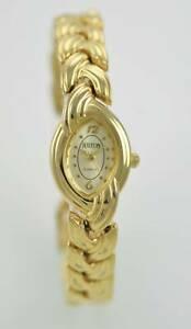 【送料無料】腕時計 ヒルトンステンレススチールライトゴールドクォーツバッテリーウォッチhilton womens stainless steel light gold easy read quartz battery watch