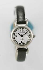 【送料無料】腕時計 コレクションレディースシルバーステンレスブラックレザーホワイトクォーツ