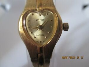 【送料無料】腕時計 レディースゴールドメッキクォーツウォッチgenuine avia ladies gold plated quartz battery 18mm watch