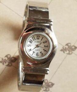 【送料無料】腕時計 ビンテージカフウォッチスタイリッシュclassic vintage cuff watch for women watch women, effortlessly stylish quartz an