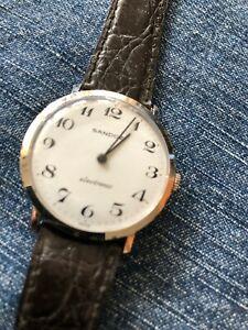 【送料無料】腕時計 サンドウォッチスイス