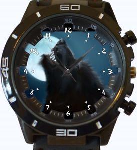 【送料無料】腕時計 スポーツベストセラーfullmoon howling werewolf gt series sports wrist watch fast uk seller