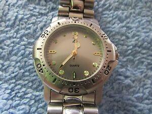 【送料無料】腕時計 クオーツfor ******* an old z quartz*******wrist watch
