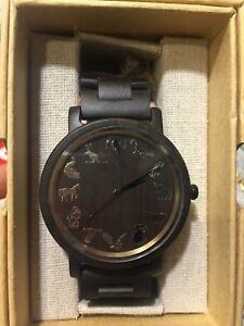 【送料無料】腕時計 ハンドメイドクリスマスボックスwooden writst watche made of 100 natural wood handmade christmas gift box