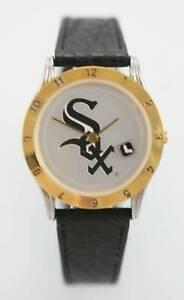 【送料無料】腕時計 シカゴホワイトソックスメンズステンレススチールクォーツバッテリーウォッチchicago white sox mens stainless steel water resistant quartz battery watch