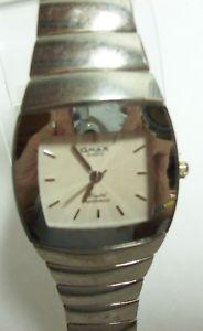 【送料無料】腕時計 メンズシルバーストーンスクエアウォッチomax mens silvertone square watch