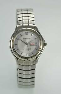 【送料無料】腕時計 トロン#シルバーステンレススチールクオーツarmitron men039;s silver stainless steel water resistant easy read quartz watch