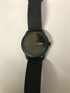 【送料無料】腕時計 men's vavc quartz watch with daydate