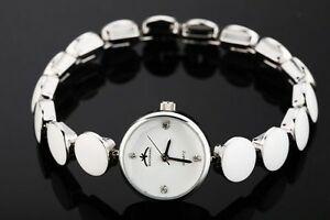 【送料無料】腕時計 クォーツムーブメントレディースファッションラウンドチェーンブレスレット womens quartz movement ladys fashion round chain bracelet watch jewelry