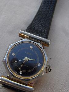 【送料無料】腕時計 montre mecanique luxury feminine a fixations centrales de 1970