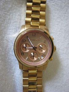 【送料無料】腕時計 レディースゴールドミハエルladiesgentlemans gold wrist watch by michael kors