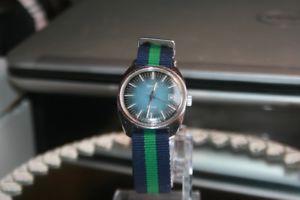 【送料無料】腕時計 ビンテージハウユダヤテープドイツzentra 2000 handaufzug 1970er vintage hau date 17 jew 2 bnder germany