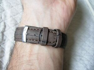【送料無料】腕時計 マロントレスブレスレット22 mm grain mlze marron bracelet cologique au charme naturel tres resistant