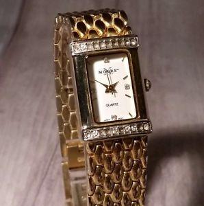 【送料無料】腕時計 ビンテージムーアレディースゴールドレトロベゼルシックvintage n moore ladies gold watch, retro chic with crystals on bezel boxed