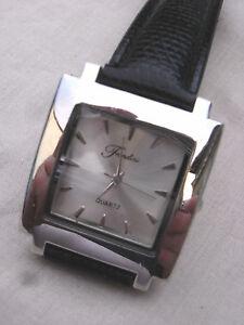 【送料無料】腕時計 モデルファッションデジョリープレゼンテーションfondini suisse parts feminine,model fashion de jolie presentation en t b etat