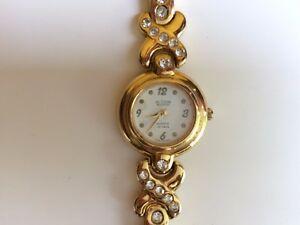 【送料無料】腕時計 ラインストーンブザンソンフランスアクションミクロンmontre ancienne dore strass france action besancon 1 micron rparer b331