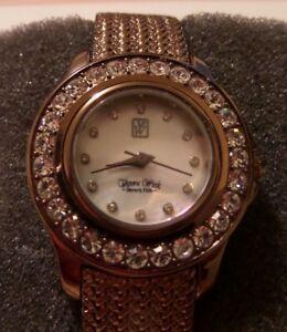 【送料無料】腕時計 ビバリーヒルズパールモデル
