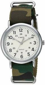 【送料無料】腕時計 メンズウィークエンダーフラグナイロンウォッチメートルtimex tw2t30800, mens weekender camoflage nylon watch, 30 meter wr, indiglo