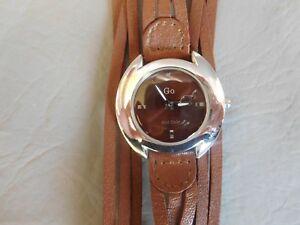 【送料無料】腕時計 ブレスレットカフマロンロンドウォッチgo montre bracelet manchette cuir marron ronde grise quartz femme woman watch