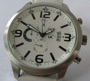 【送料無料】腕時計 ブレスレットクロノグラフuk quartz chronograph date watch with leather bracelet