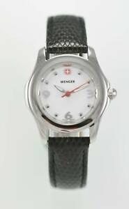 【送料無料】腕時計 ウェンガーレディースステンレスホワイトスイスシルバーブラックレザークォーツウォッチ