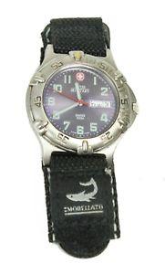 【送料無料】腕時計 スイスステンレススチールバックミネラルクリスタルウォッチ