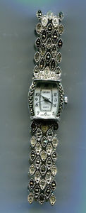 【送料無料】腕時計 ヴィンテージレディースクォーツgenuine vintage ladies gruen quartz watch  t145