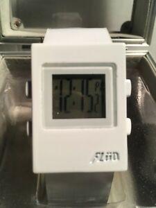 【送料無料】腕時計 メンズデジタルボックスrare unique mens white flud digital watch works comes with box