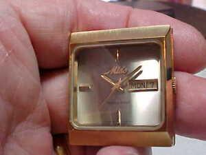 【送料無料】腕時計 ビンテージグランプリカーモデルケーススクエアウォッチvintage mido ocean star gp watch case square for auto movement 8629 model no mov