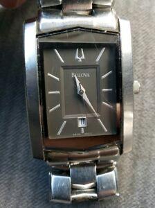 【送料無料】腕時計 クォーツmens bulova quartz watch