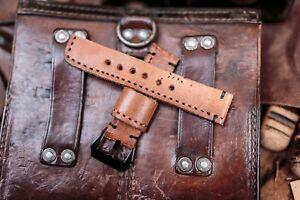 【送料無料】腕時計 ハンドメイドレザーウォッチストラップビンテージポーチスチームパンクシャビーシックhandmade leather watch strap,22mm wide,vintage ammo pouch,steam punk,shabby chic