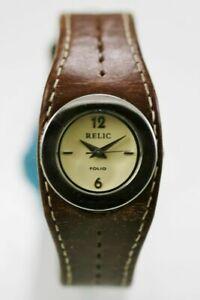 【送料無料】腕時計 レディースステンレスシルバーレザーブラウンベージュレジストrelic watch womens stainless silver leather brown 30m water resist beige quartz
