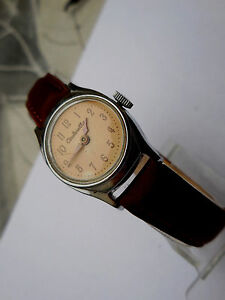 【送料無料】腕時計 シンデレラファッションヴィンテージデヌフancienne cinderella mecanique,mode dame us vintage de1960,bracel cuir neuf