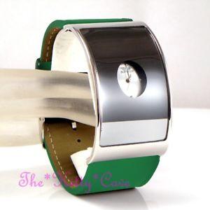 【送料無料】腕時計 レトロガラスデザイナーイームズワイドレザーカフシルバーグリーンウォッチretro curved glass designer eames wide silver statement green leather cuff watch
