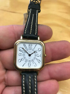 腕時計 ウォッチクォーツyema watch womens leather quartz battery never worn