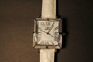 【送料無料】腕時計 ワイルドフラワーモデルホワイトinvicta wildflower model 11729 white wrist watch for women
