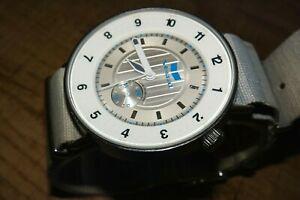 【送料無料】腕時計 メンズステンレススチールウォッチvestal surveyor v11 men's all stainless steel 50m wr rare watch
