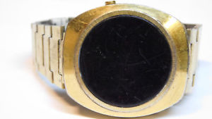 【送料無料】腕時計 デジタルウォッチdigital red led men watch 1970