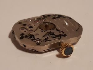 【送料無料】腕時計 サファイアカボション9 mouvement boucheron avec couronne or et cabochon saphir