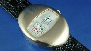 【送料無料】腕時計 ビンテージジャンプデジタルウォッチスイスvintage nos lasser by ravisa jump hour digital watch circa 1970s swiss serviced