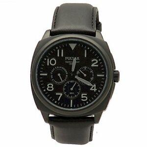 【送料無料】腕時計 パルサーメンズブラッククロノグラフスポーツウォッチ